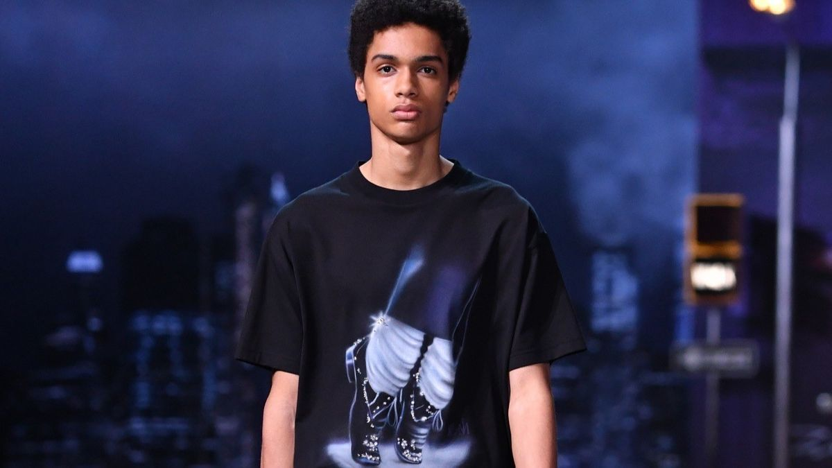 Louis Vuitton drops Michael Jackson items from collection